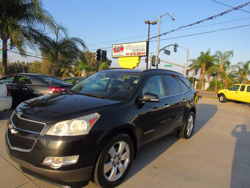 2009 Chevrolet Traverse for sale at Los Compadres Auto Center in Bloomington CA