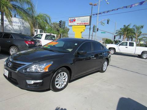 2015 Nissan Altima for sale at Los Compadres Auto Center in Bloomington CA