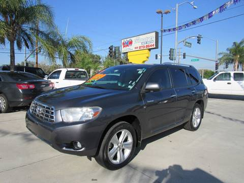 2010 Toyota Highlander for sale at Los Compadres Auto Center in Bloomington CA
