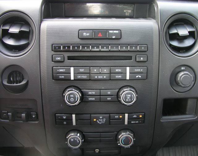 2014 Ford F-150 4x2 XL 2dr Regular Cab Styleside 8 ft. LB - Bailey MI