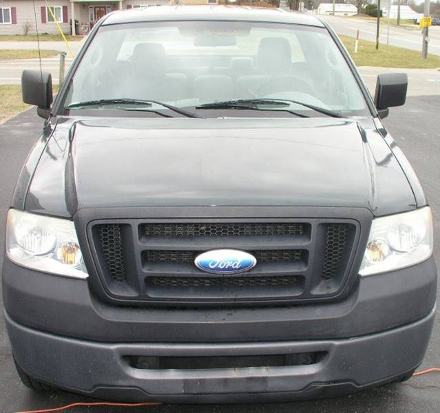 2006 Ford F-150 XL 2dr Regular Cab Styleside 6.5 ft. SB - Bailey MI