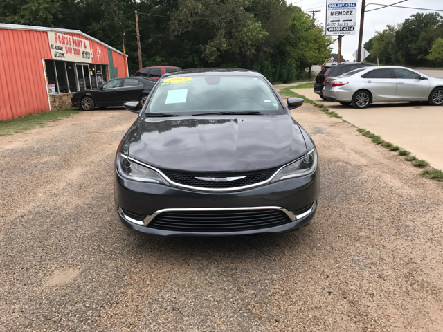 2015 Chrysler 200 for sale at MENDEZ AUTO SALES in Tyler TX