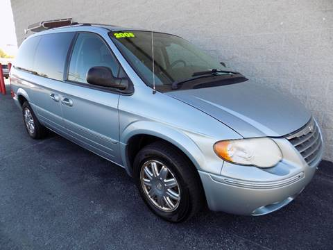 2005 Chrysler Town and Country for sale in Mechanicsburg, PA