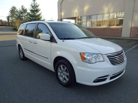 2011 Chrysler Town and Country for sale in Seattle, WA