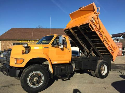 1996 Ford F-800 for sale in Charlotte, NC