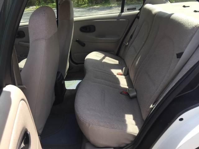 2000 Saturn S-Series SL1 4dr Sedan - Oak Harbor OH