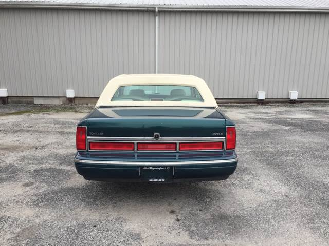 1997 Lincoln Town Car Cartier 4dr Sedan - Oak Harbor OH