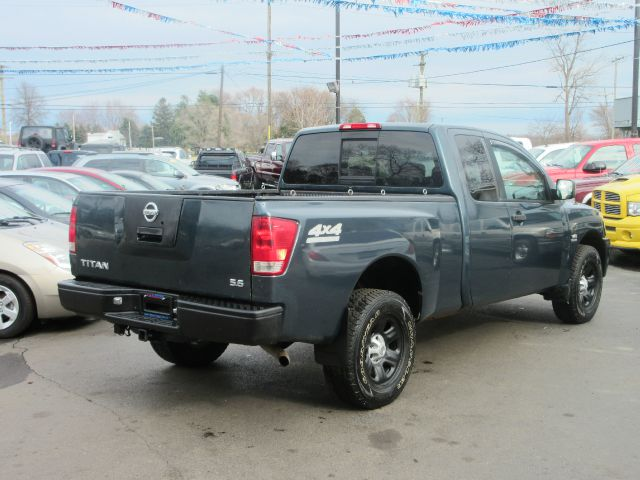 2004 nissan titan xe 4dr king cab 4wd sb in monroe mi a. Black Bedroom Furniture Sets. Home Design Ideas