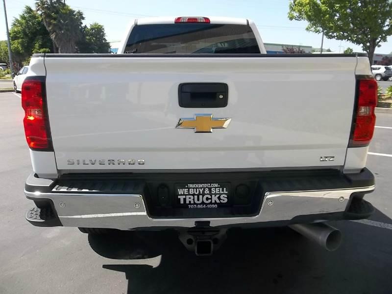 2017 Chevrolet Silverado 2500HD 4x4 LTZ 4dr Crew Cab SB - Fairfield CA