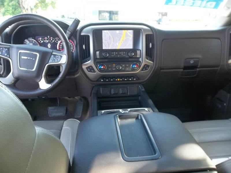 2015 GMC Sierra 2500HD 4x4 Denali 4dr Crew Cab SB - Fairfield CA