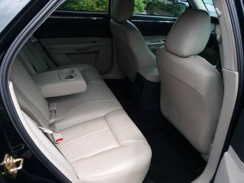 2006 Chrysler 300 AWD Touring 4dr Sedan - Phillipston MA