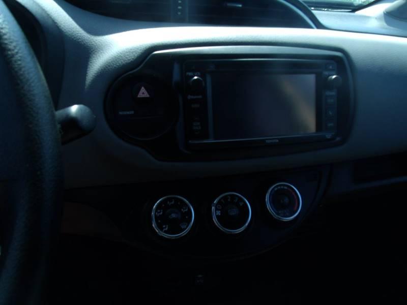 2015 Toyota Yaris SE 4dr Hatchback 5M - San Clemente CA