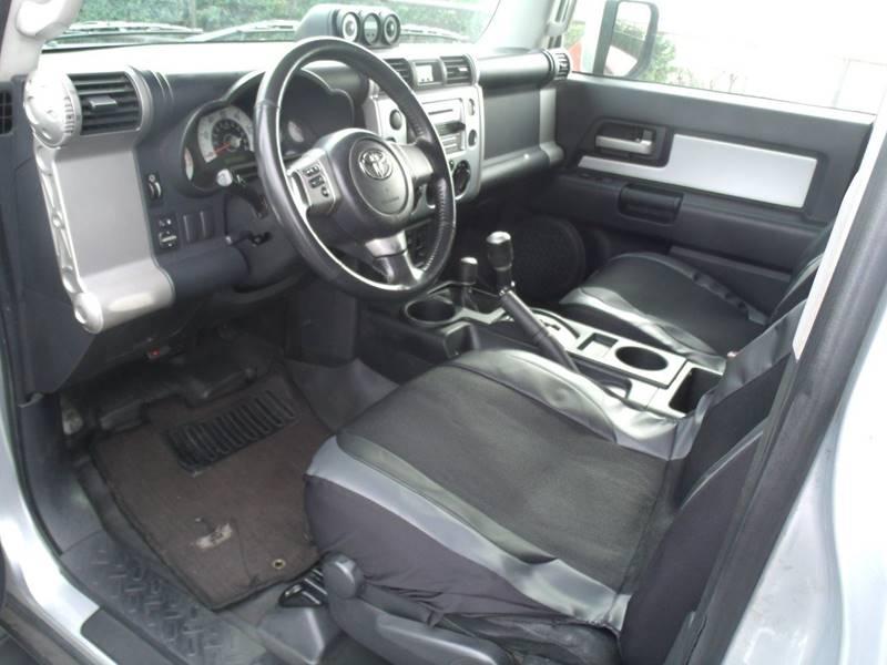 2007 Toyota FJ Cruiser 4dr SUV 4WD (4L V6 6M) - San Clemente CA