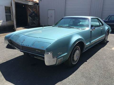1967 Oldsmobile Toronado Deluxe for sale at Bobbys Used Cars in Charles Town WV