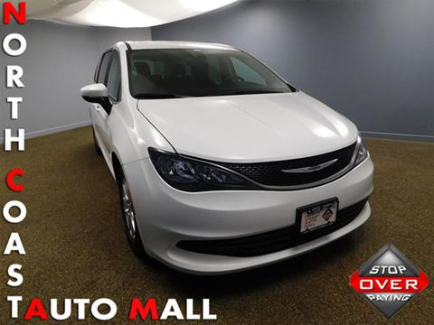 2017 Chrysler Pacifica for sale in Bedford, OH
