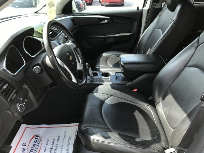 2011 Chevrolet Traverse LT 4dr SUV w/2LT - Fort Wayne IN