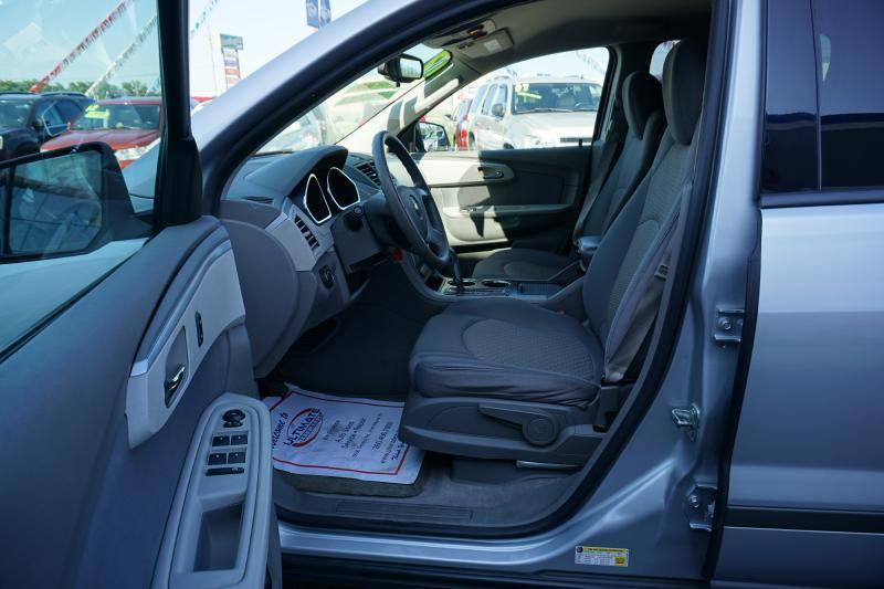 2012 Chevrolet Traverse LS 4dr SUV - Fort Wayne IN