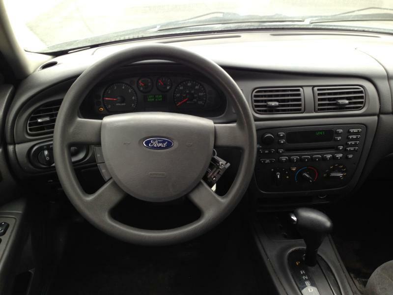 2006 Ford Taurus SE 4dr Sedan - Fort Wayne IN