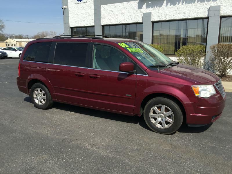 2008 Chrysler Town and Country Touring 4dr Mini-Van - Fort Wayne IN