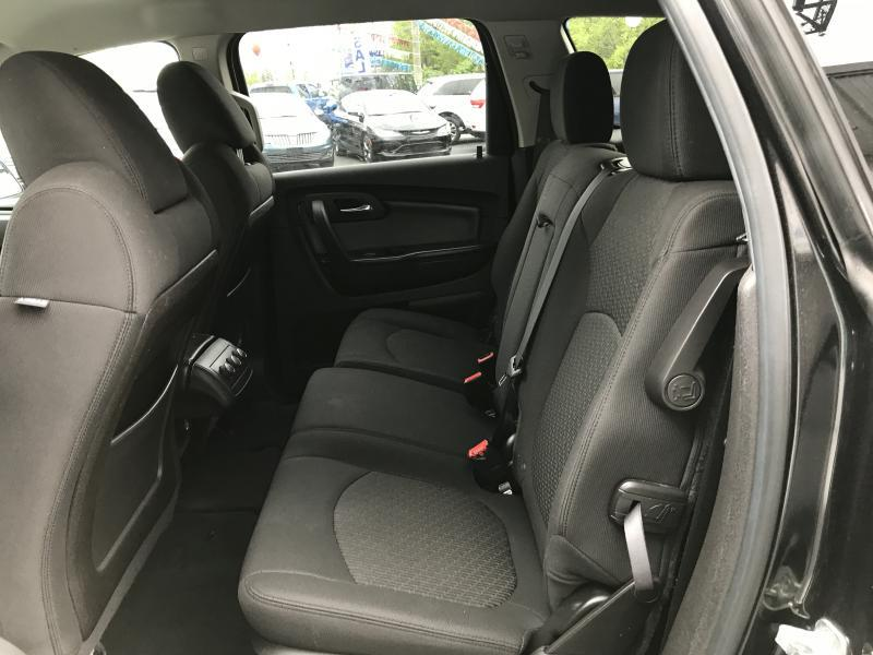 2011 Chevrolet Traverse LT 4dr SUV w/1LT - Fort Wayne IN