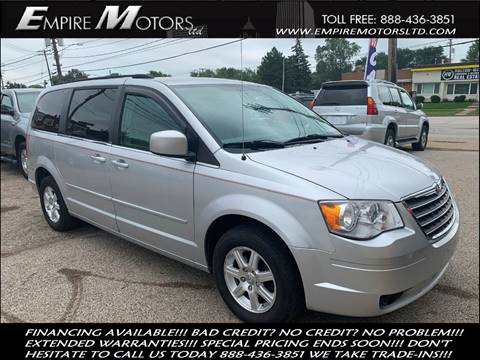 2008 Chrysler Town and Country for sale in Cleveland, OH