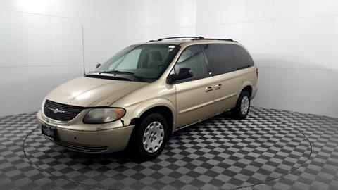 2001 Chrysler Town and Country for sale in Des Plaines, IL