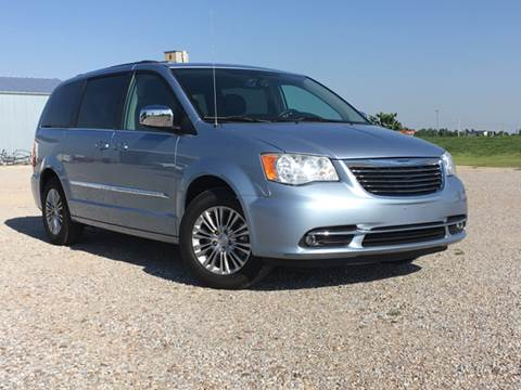 2013 Chrysler Town and Country for sale in Montezuma, KS