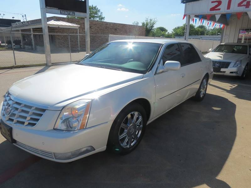 jerry sedan s toward dallas weatherford tx cadillac walking serving in worth woman fort