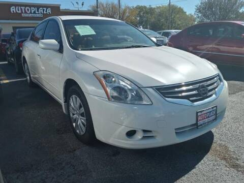 2010 Nissan Altima for sale at Auto Plaza in Irving TX