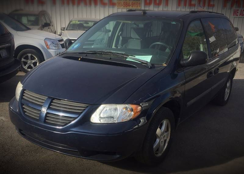 2005 Dodge Grand Caravan car for sale in Detroit