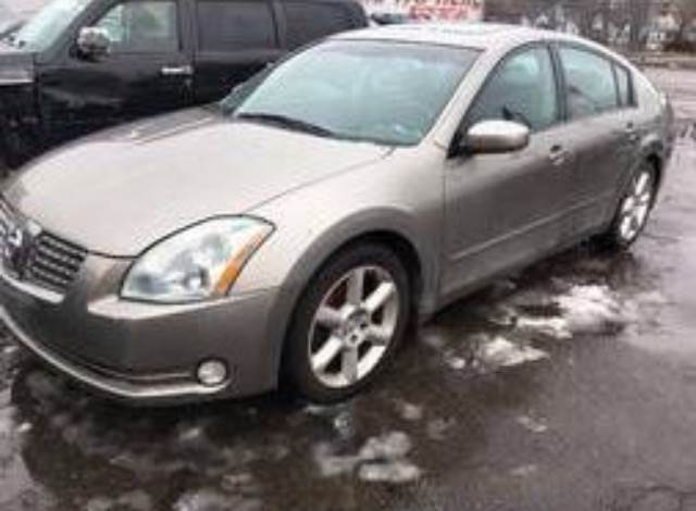 2004 Nissan Maxima car for sale in Detroit