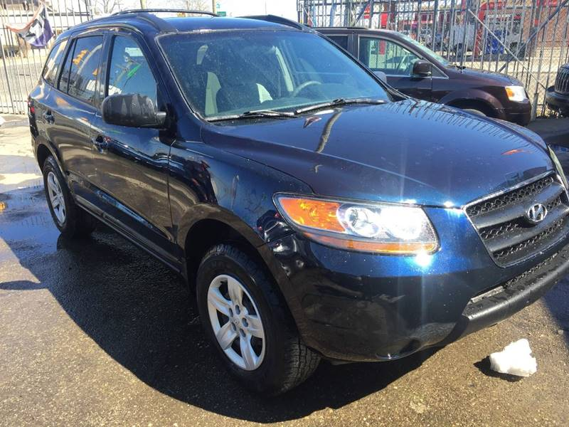 2009 Hyundai Santa Fe car for sale in Detroit