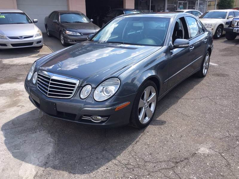 2008 Mercedes-Benz E-class car for sale in Detroit