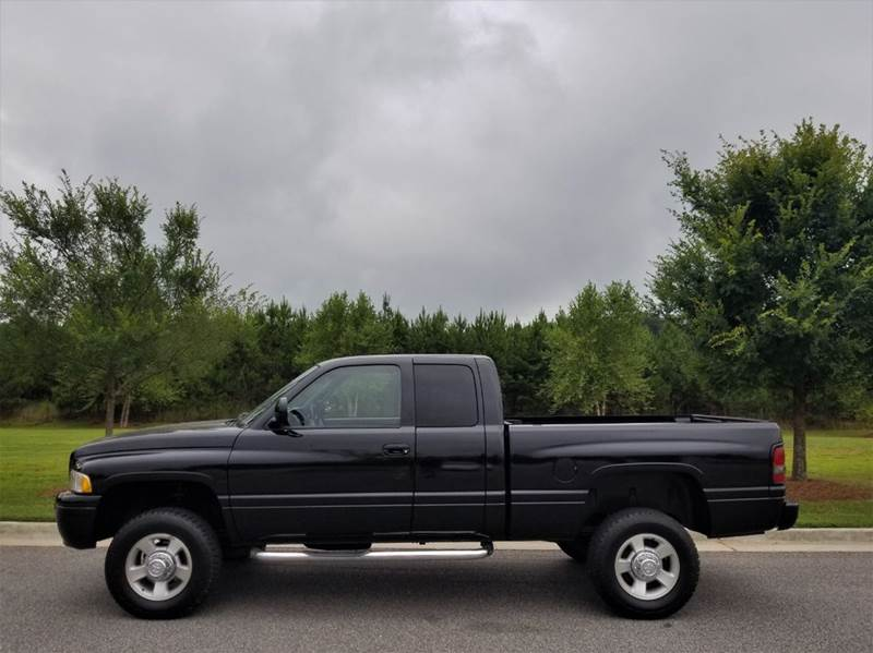 1999 Dodge Ram Pickup 2500 for sale at CorpAuto in Cleveland GA
