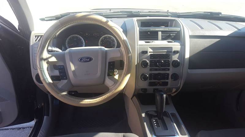 2009 Ford Escape AWD XLT 4dr SUV V6 - Olathe KS
