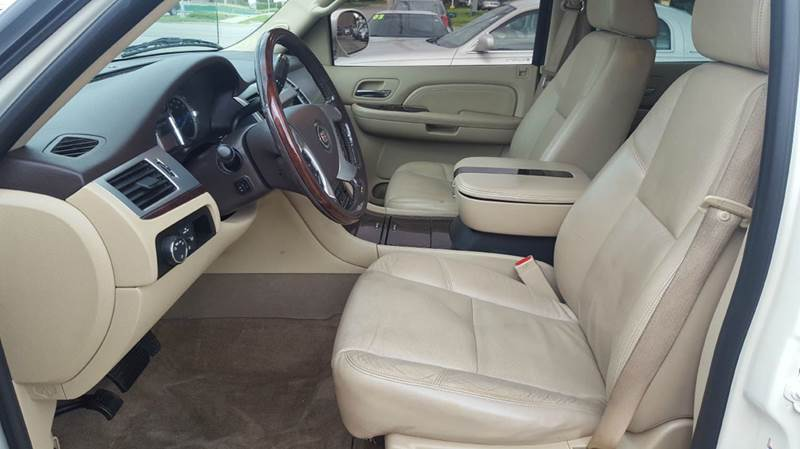 2009 Cadillac Escalade EXT AWD 4dr Crew Cab SB - Olathe KS