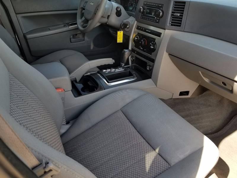 2006 Jeep Grand Cherokee Laredo 4dr SUV 4WD - Olathe KS