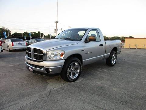 2007 Dodge Ram Pickup 1500 for sale in Saint Louis MO