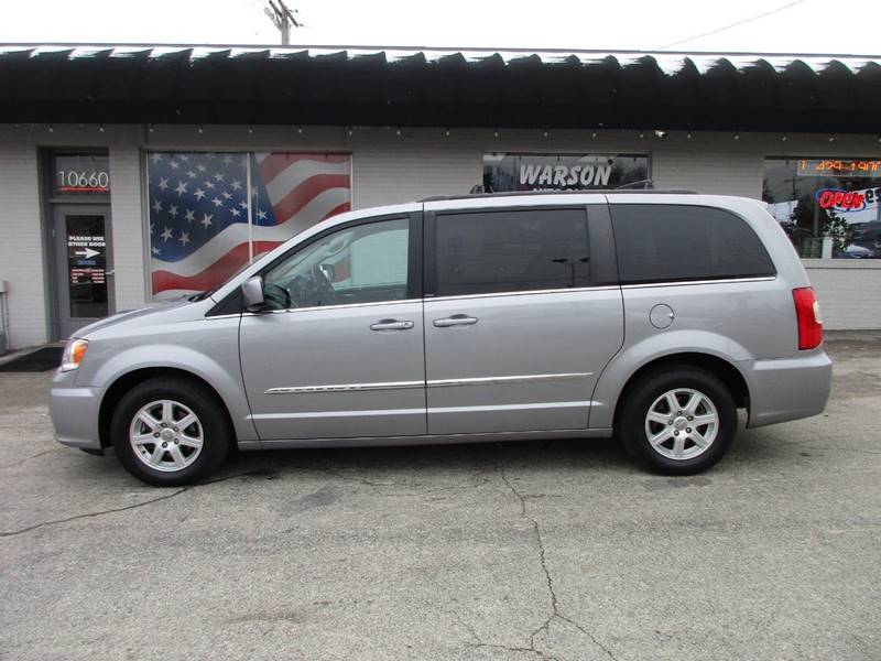 2013 Chrysler Town and Country Touring 4dr Mini-Van - Saint Louis MO