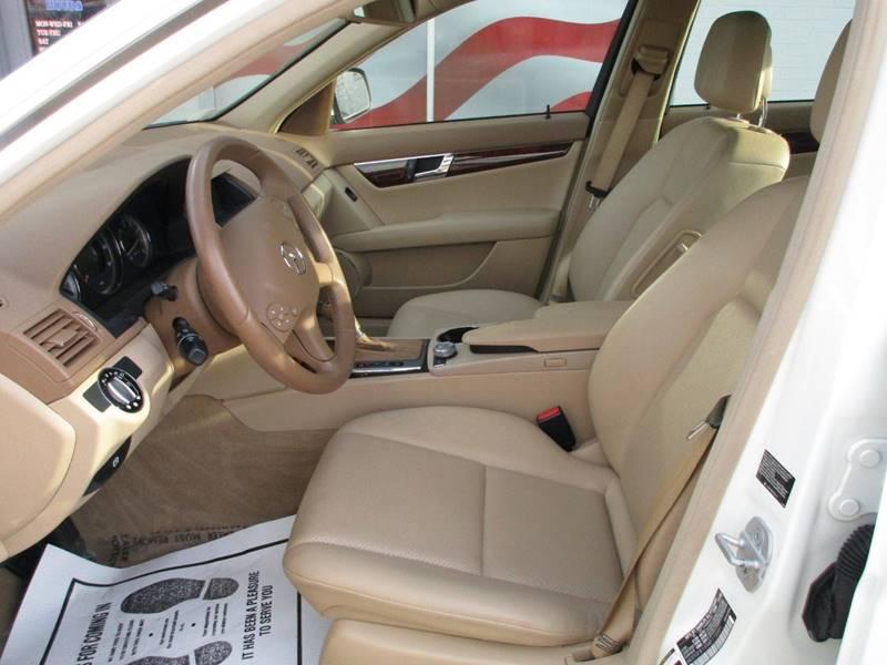 2008 Mercedes-Benz C-Class AWD C 300 Luxury 4MATIC 4dr Sedan - Saint Louis MO
