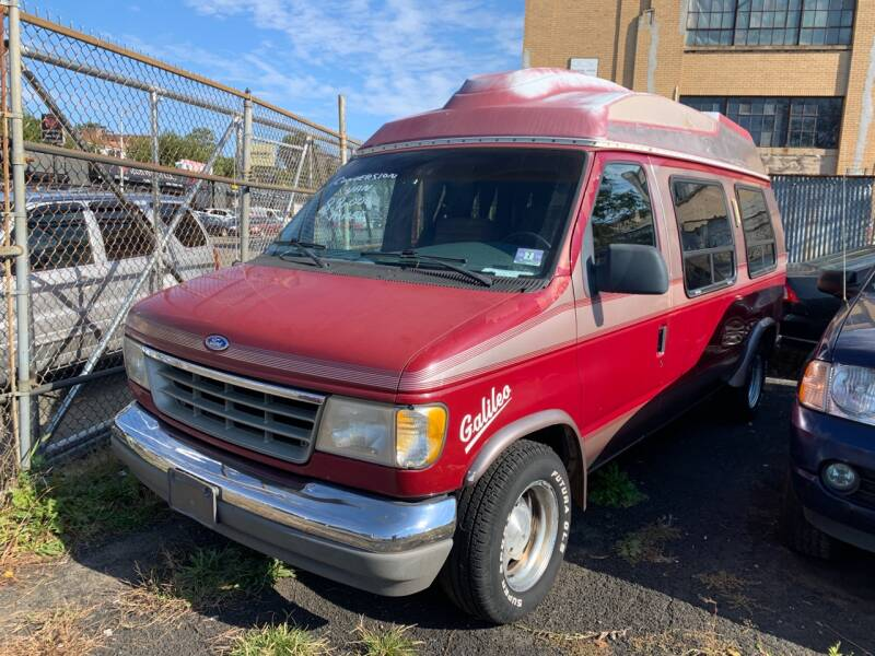 1992 Ford Econoline for sale at Dennis Public Garage in Newark NJ