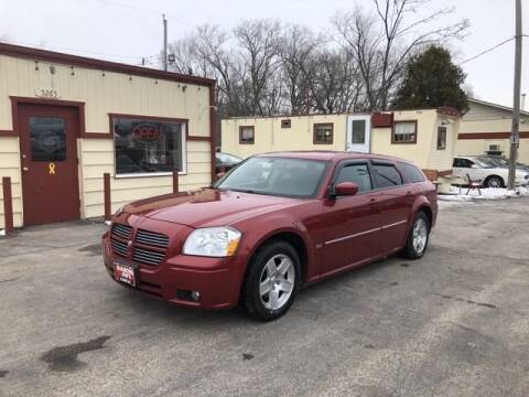 2006 Dodge Magnum SXT for sale at Diamond Jims Motor Cars in Milwaukee WI