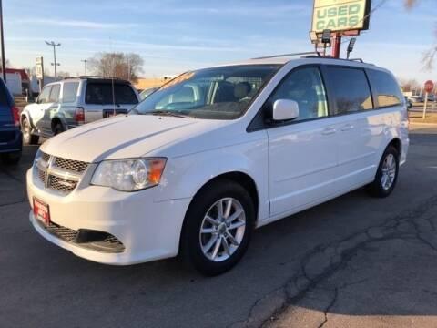 2014 Dodge Grand Caravan SXT for sale at Diamond Jims Motor Cars in Milwaukee WI