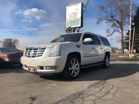 2009 Cadillac Escalade ESV for sale at Diamond Jims Motor Cars in Milwaukee WI