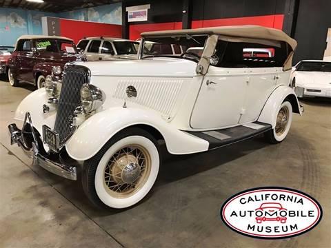 1934 Ford Phaeton Deluxe