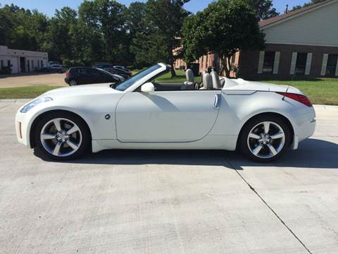 2007 Nissan 350Z for sale at Renaissance Auto Network in Warrensville Heights OH