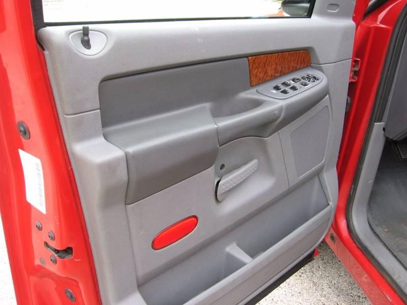 2006 Dodge Ram Pickup 1500 SLT 4dr Quad Cab LB - Muskego WI