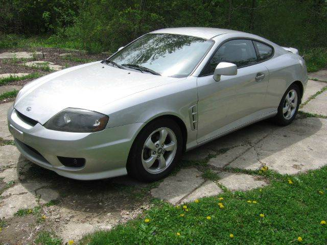 2006 Hyundai Tiburon GS 2dr Hatchback w/Automatic - Muskego WI