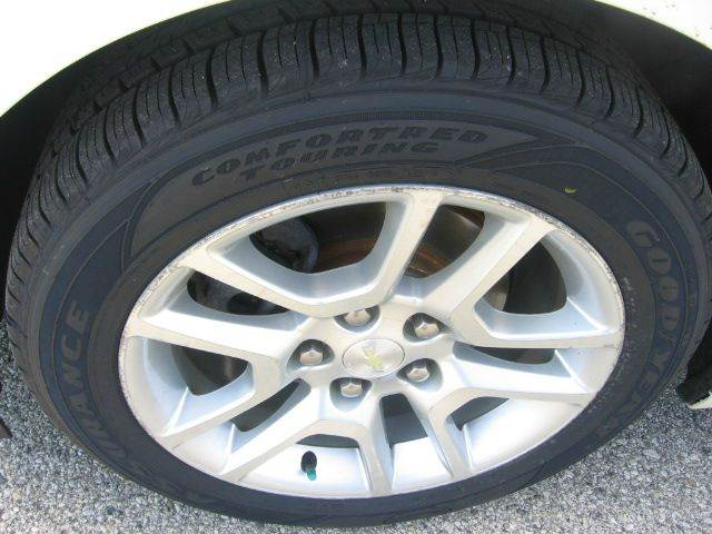 2013 Chevrolet Malibu Eco 4dr Sedan w/1SA - Muskego WI