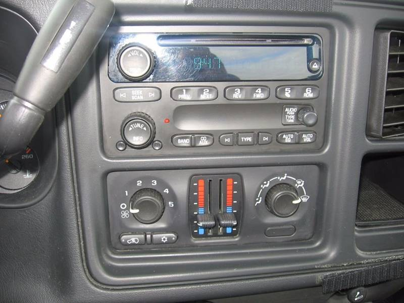 2007 Chevrolet Silverado 1500 Classic Work Truck 2dr Regular Cab 4WD 6.5 ft. SB - Muskego WI